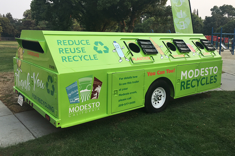 Green recycling trailer